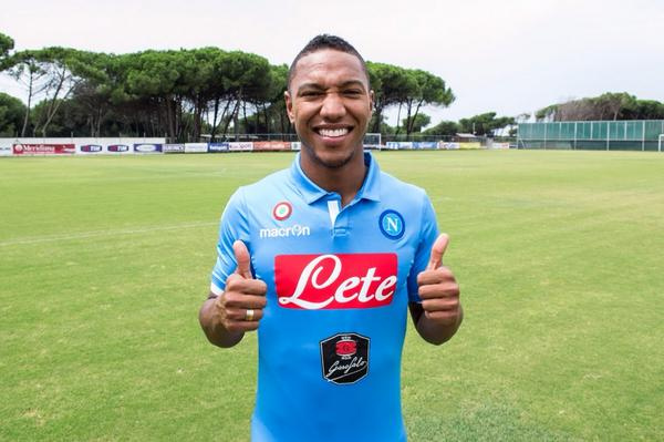 It's official! I'm proud to announce that I'm a player for S.S.C Napoli #ForzaNapoliSempre http://t.co/37zHKH29wO