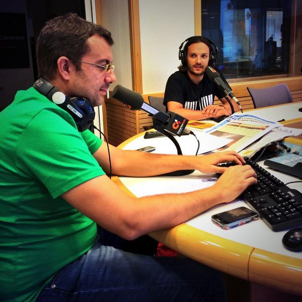 En los estudios de RTVC con Víctor Hugo