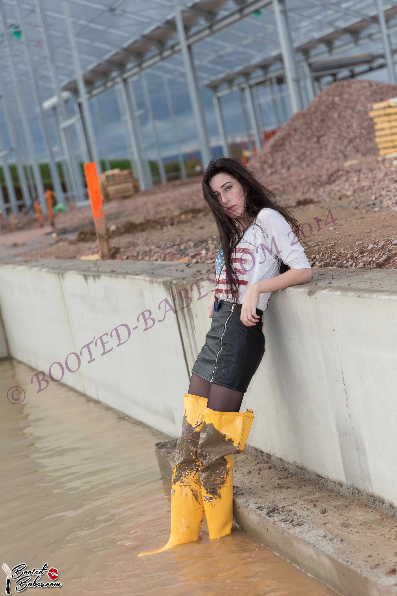 sexy mud girl woman