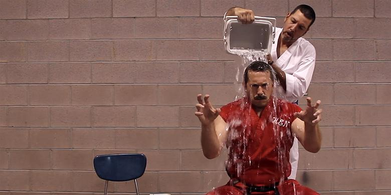 6 Of The Most Unconventional Ice Bucket Challenge Videos Out There http://t.co/YlIUMxKiiF http://t.co/fJvAdkNeTN