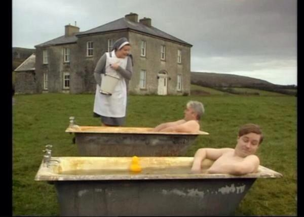 Funny! RT @xGogsx: Everyone's doing the #IceBucketChallenge but let's all remember who did it first... http://t.co/u9eNzYckuF