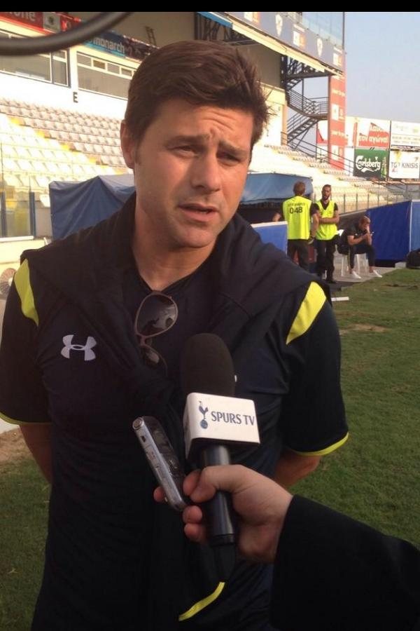 Pochettino says Barca are favourites for the Champions League title