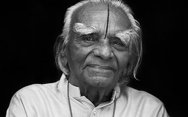 RT @Telegraph: Iyengar, yoga teacher to the stars, dies at the age of 95 http://t.co/fZhcUQ785P (Pic: Alex Sunshine/Camera Press) http://t.…