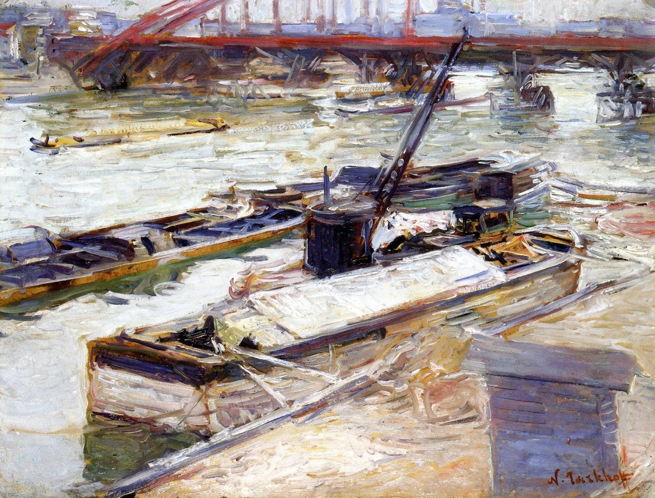 Ships on the Seine in Paris