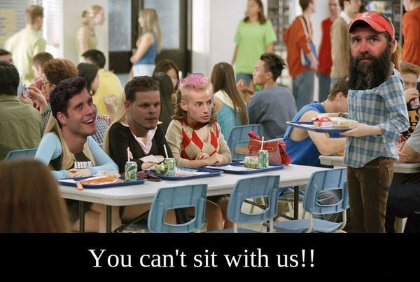 These mean bitches are gonna CRY when they see how LOVED Donny is! #MeanGirls #BB16 http://t.co/0EqfkWWYLb