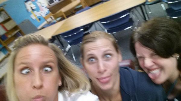 @jseroadrunners Silly staff room antics! 5th grade rocks! #teamkid http://t.co/Wnh01PvOnt