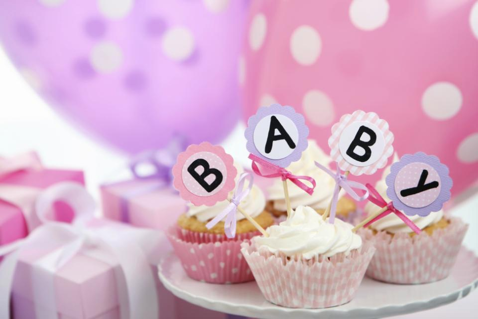 You have to see the brilliant new baby shower trend that is on the rise: http://t.co/zRyw0fd5OW http://t.co/CLGCWAF5rs