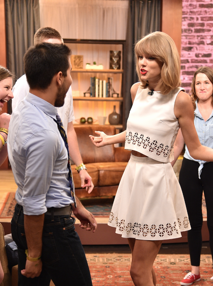 Why Taylor Swift won't talk about her love life anymore http://t.co/N8GP9wY3bz http://t.co/BDrzxuOcIu