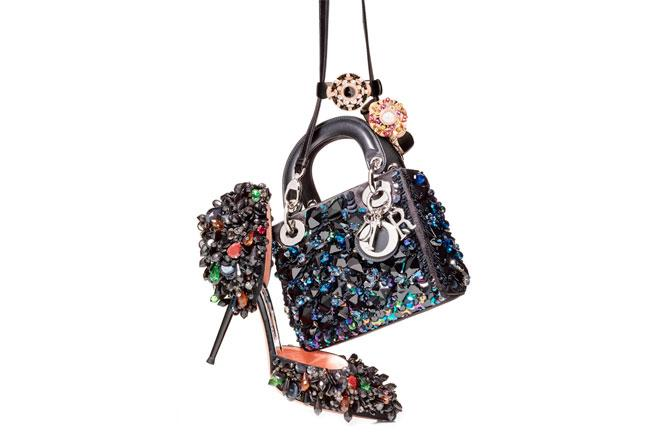 """21 pieces that take """"sparkle"""" to a whole new level: http://t.co/1X9cVGc2Mv http://t.co/on67vUxrkC"""