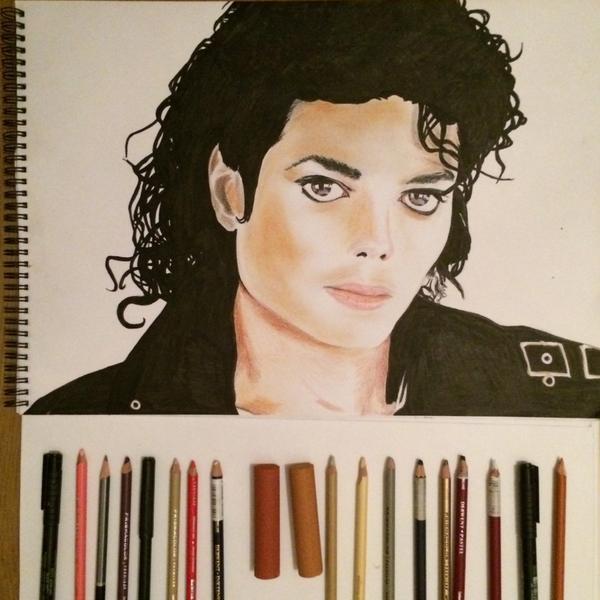 Michael Modo Artistico - Pagina 3 Bvlu9UJIAAAMhYz