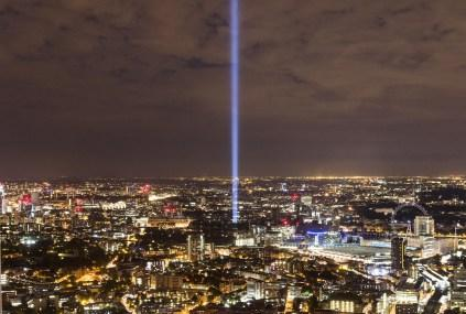 Spectra lights up the night sky over London - find out more: http://t.co/VtCx5VouR6 #art http://t.co/2TiHH6DNR8