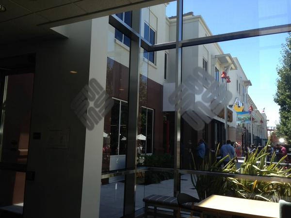 Zuck says Sun logos at Menlo Park campus serve as warnings to his employees. I believe they inspire them to innovate. http://t.co/t9sjydRxMF