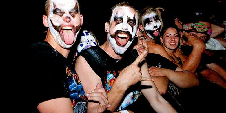 'American Juggalo', A Film About Contemporary American Subculture By Sean Dunne http://t.co/MRouXjLL6O http://t.co/FmfCeUGcQT