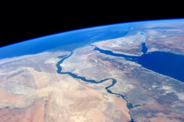 Breathtaking.  The #Nile and the Red Sea meet the Mediterranean. http://t.co/BFtPf670nv