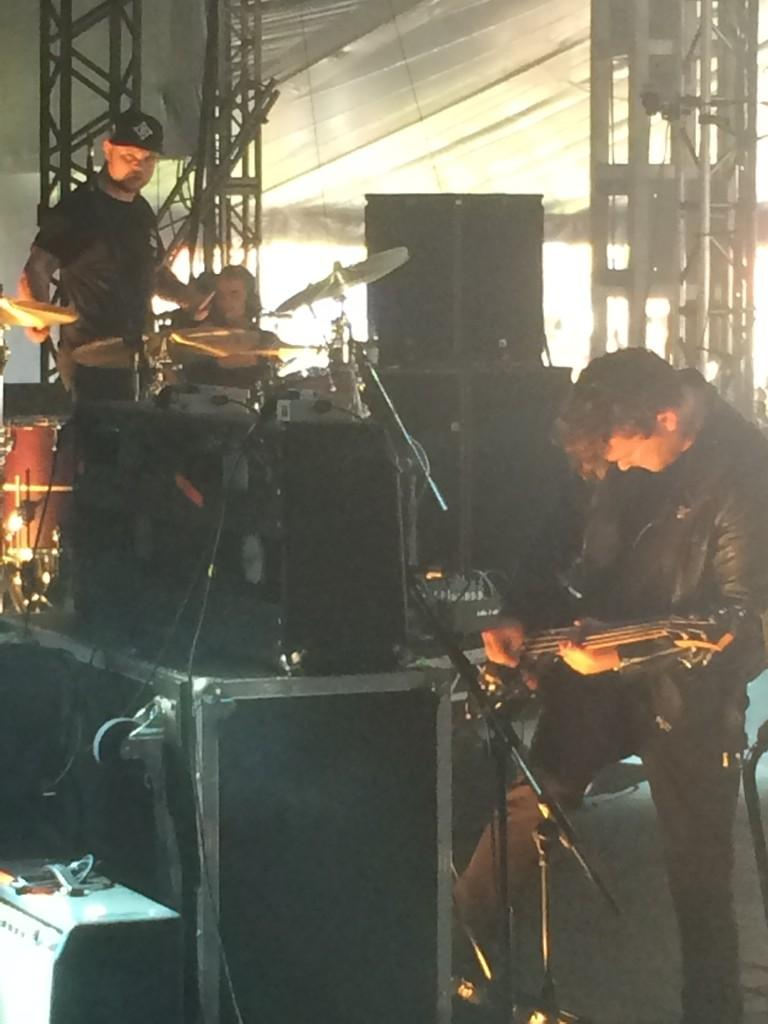 Meanwhile at Reading Festival, @royalblooduk are being excellent as usual http://t.co/Y4kdRPkzYM