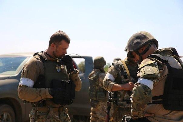 Военнослужащие отбили атаку на блокпост под Мариуполем. Задержано несколько террористов, - СМИ - Цензор.НЕТ 9066