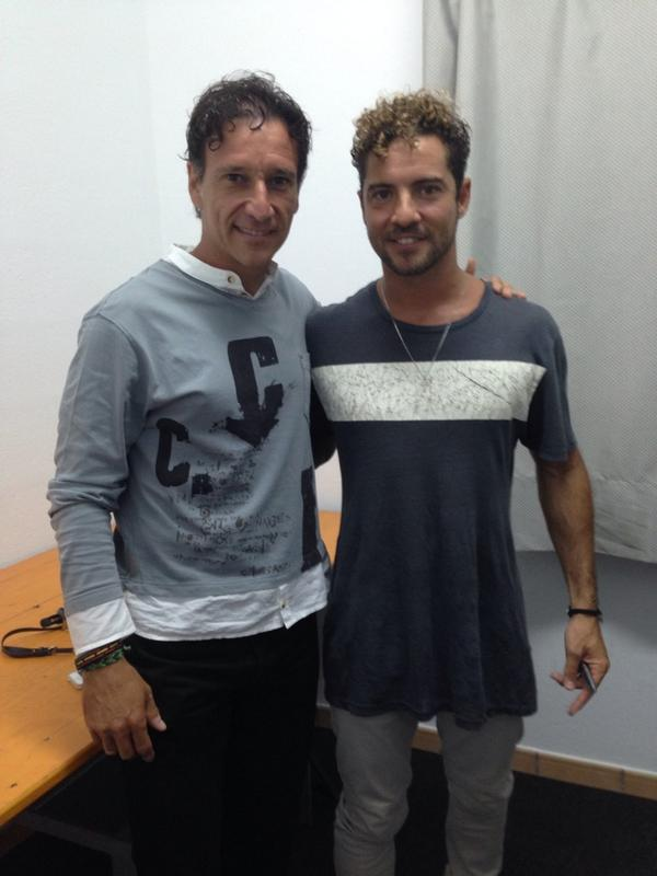 ¿Cuánto mide David Bisbal? - Altura real: 1,73 - Real height BvwqnAPIMAAQaD_
