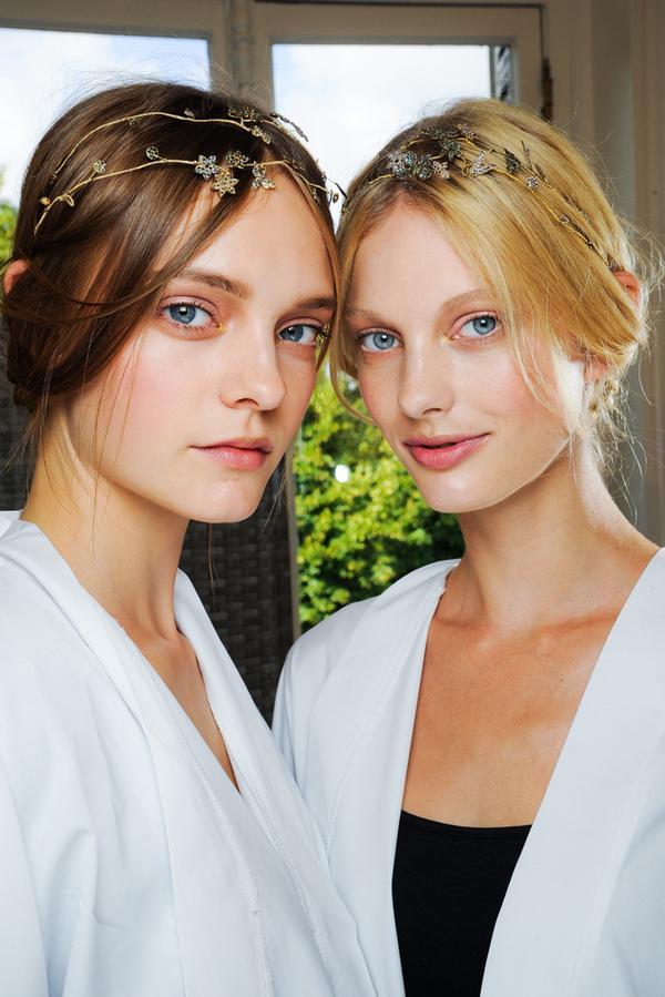 Female models bot on Twitter: Nimue Smit (Dutch, born in