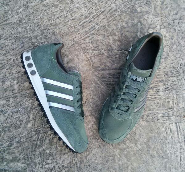 adidas la trainer size