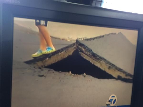 Wow. Road buckled big time on #meadowbrook Dr. in #Napa near Browns Valley school. @abc7newsbayarea #quake http://t.co/EJm2RtOmJU