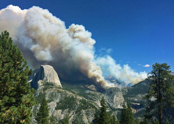 The Meadow Fire is burning in the greater Little Yosemite Valley area and is at 400 acres. http://t.co/J876aFiey7 http://t.co/NMTyI5HpAF