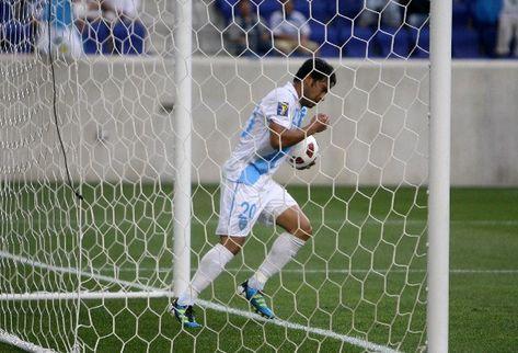 Guatemala coquetea con ganar el grupo