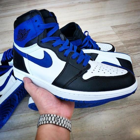 22ab1f8ecbd Sneaker Shouts™ on Twitter: