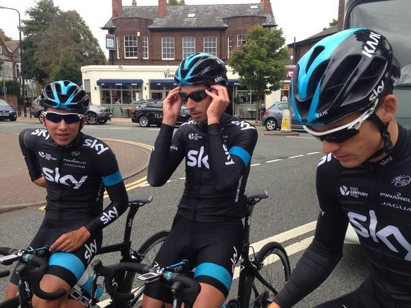 That moment when this happens @TeamSky turn up on your wheel. Swifty: Henao + Lopez out training for @TourofBritain. http://t.co/i1vnzHP80Q