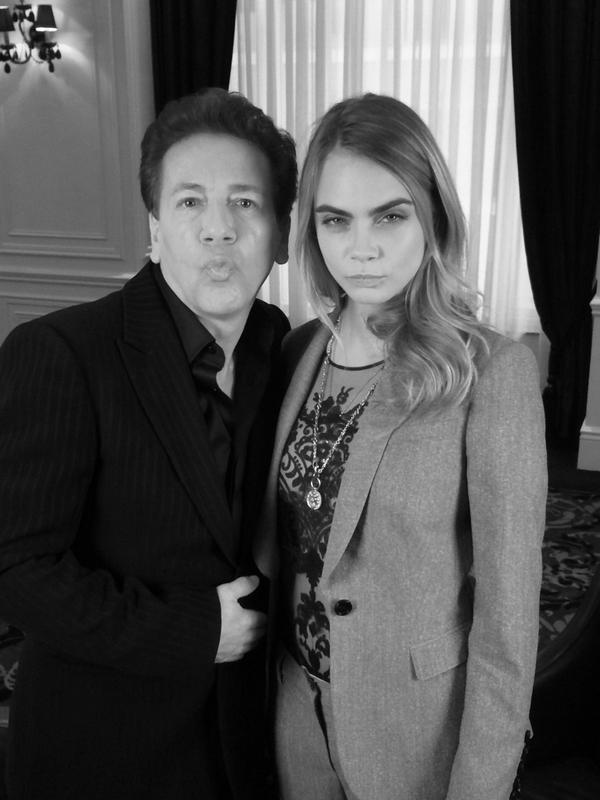 """Just chatted with @Caradelevingne She's brilliant!! Loved her & here's our best """"Blue Steel"""" look. @GMB @ITVLorraine http://t.co/N977x98Qdi"""