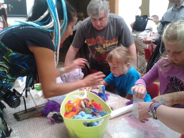 What a day! One of those events you want to go on for ever. Too many things to explore, make and try #BMMF #BDF14 http://t.co/9ZhdwLXnwv