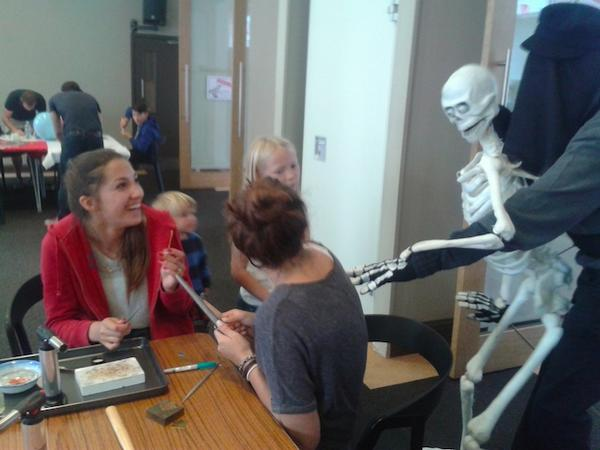 Skeleton wants to make a finger ring at Brighton Maker Faire workshop. @BrightonScience do you know those bones?#BMMF http://t.co/QUu3kaKGU7