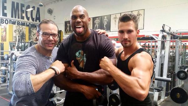 So great to see my friends @ErictheTrainer @Shadbeast @jamesmaslow at @GoldsGym Venice today. See y'all in Vegas! http://t.co/K2QSnTv94H