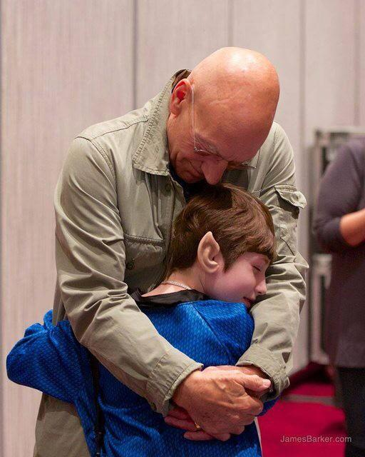 """Make it so...."" ""@JoeSondow: This girl told Make-A-Wish she wanted to meet Patrick Stewart. https://t.co/dhwLu3RaGd http://t.co/Dym1qKySMO"""