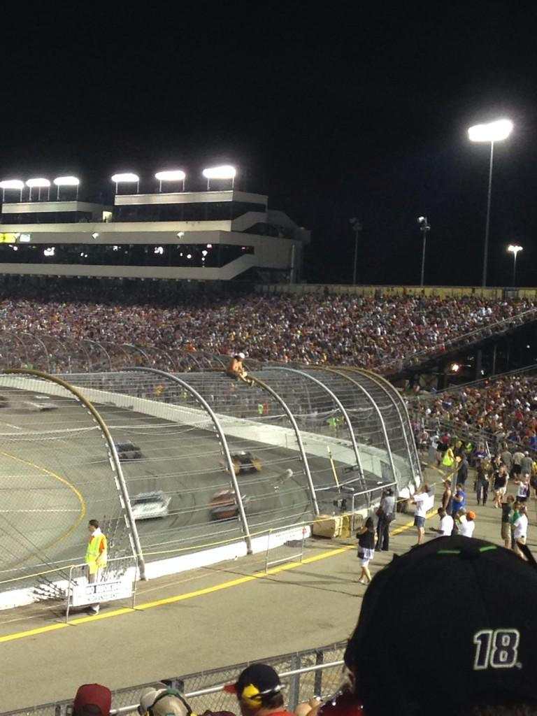 Shirtless NASCAR fan climbs fence at Richmond, triggers caution (Photos)