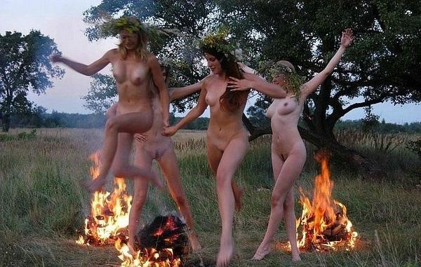 Nude photos of anderson cooper