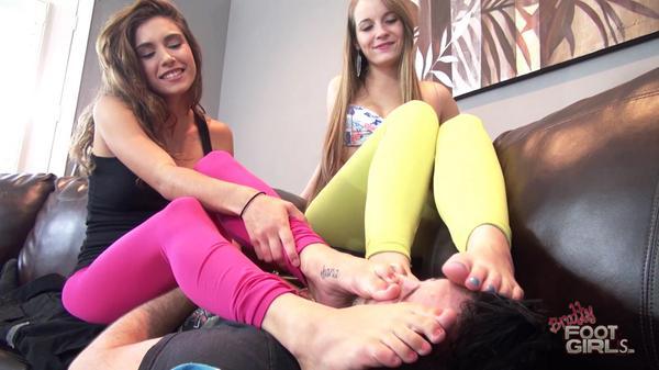 Smelly feet femdom