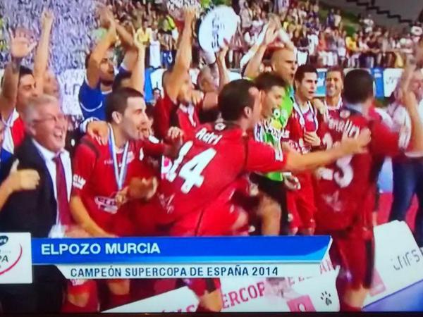 Campeones! Muy merecido el título de @ElPozoMurcia_FS como otros títulos que se escaparon injustamente #SupercopaLNFS http://t.co/JG1ROLlFpH