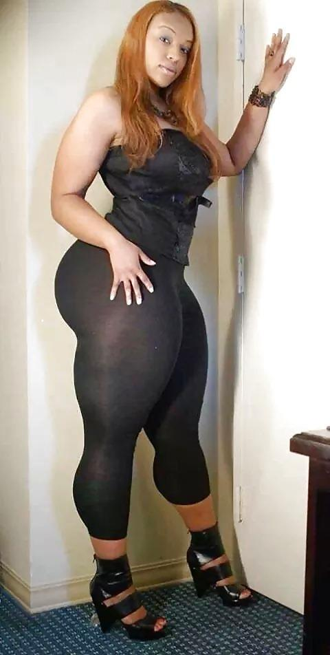 Thick bbw in leggings