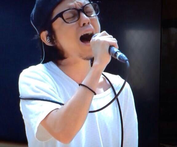 黒縁眼鏡渋谷すばる