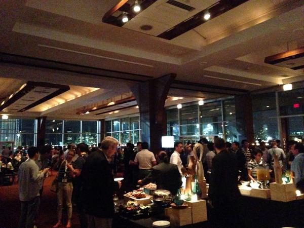 KDD-2014 reception sponsored by Bloomberg, photo by @kdd_news