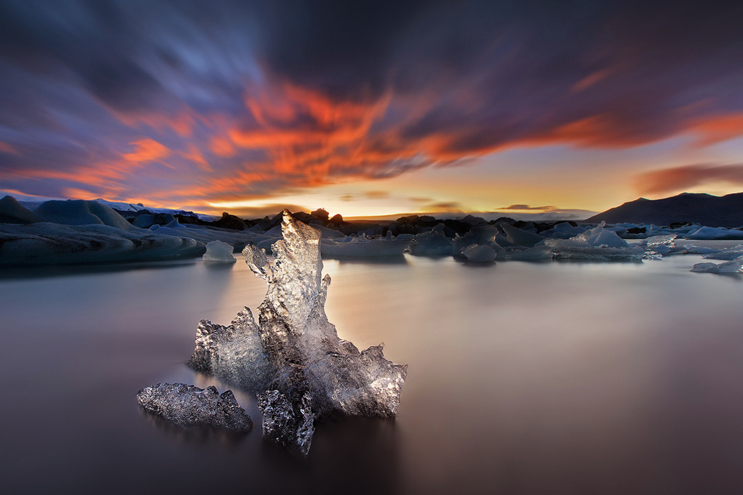 Pamir Kiciman on Twitter: A Song of Ice and Fire: Photos from Jokulsarlon, Iceland. Photo credit: Christian Lim http://t.co/YTwsv8hOSp