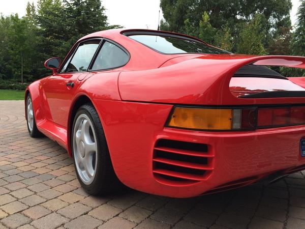 Tough choice! @perfectionvalet: #Porsche 959 and #Ruf CTR2. http://t.co/mcYJRbo0e8