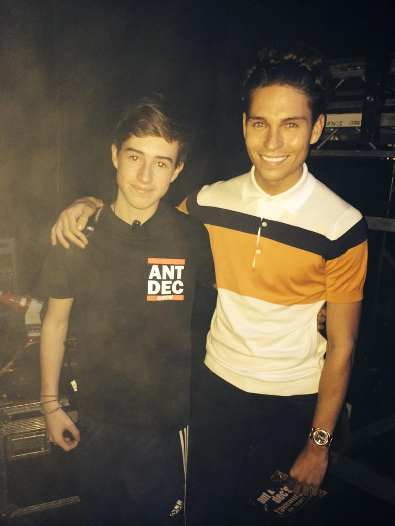 With the boy @DominickM7 #DoesHeLookLikeDec #antanddec #TakeawayOnTour http://t.co/keo3jH6MdH