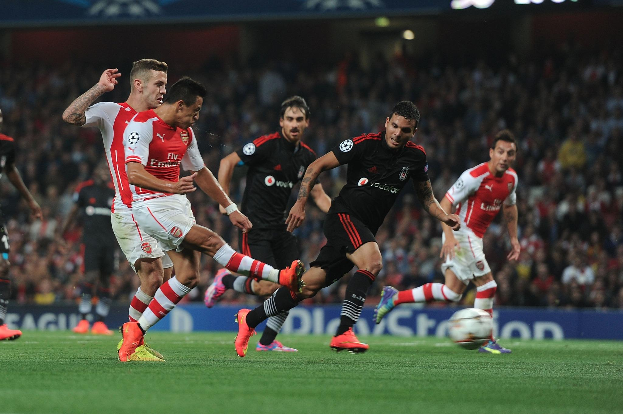 RT @Arsenal: The moment we've all been waiting for... @Alexis_Sanchez's first goal for @Arsenal http://t.co/oK2q5veOjk