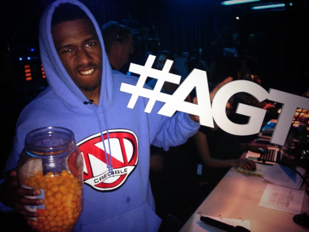 What is #NickCannon's pre #AGT meal tonight? Cheese balls! http://t.co/ZoZ2bTN58o
