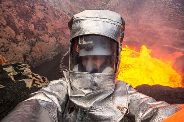 Volcano #selfie. When normal selfies are not extreme enough! http://t.co/hSRWPDjfDX