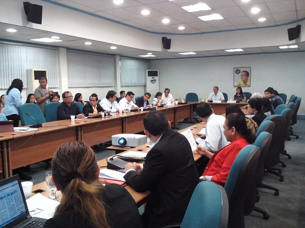 Usec. Aguilos spearheads the 3rd meeting of the Task Force to Study Ways to Reduce the Price of Electricity. http://t.co/OCcOA6pt4x