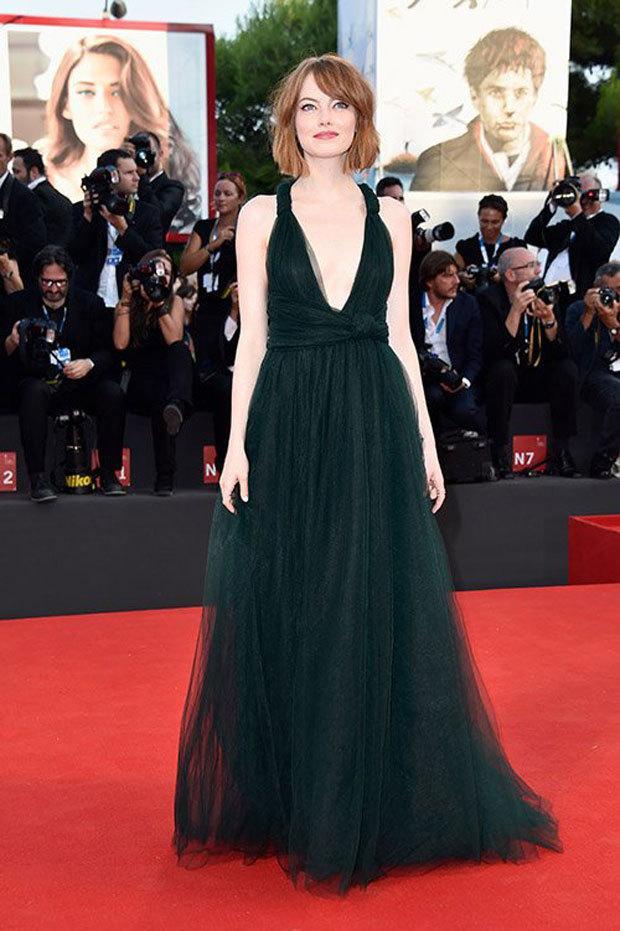 "Emma Stone Premieres ""Birdman"" at 71st Venice Film Festival   http://t.co/2YhofdLRSA- Hot H... http://t.co/Kkf6QJWL0S http://t.co/T9xAYtj0r1"