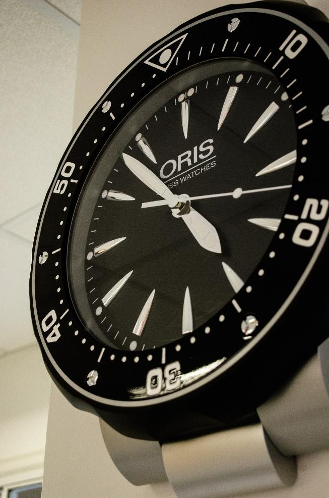 Amazing new watch clock in reception courtesy of our good friends at #Oris Feeling the love, thank you! @oriswatches http://t.co/3xaqWDmobZ