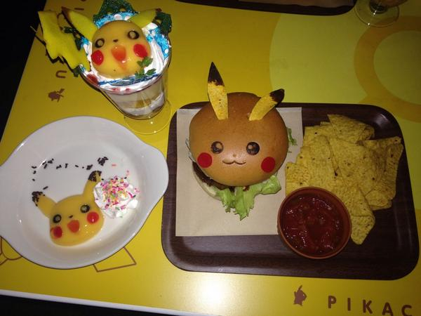 It may be a late entry, but @KrystalSim and I basically win #NationalBurgerDay with Pikachu burgers. http://t.co/urG6JpZ3X0